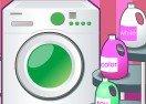 Little Princess Sofia Washing Clothes